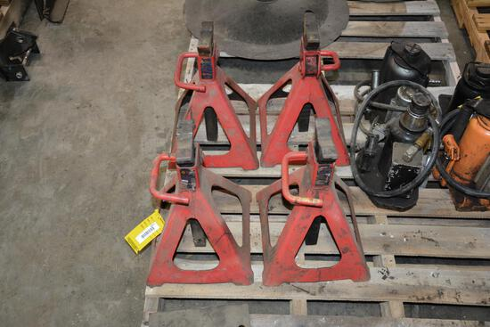 Set of (4) Napa 6 ton jack stands