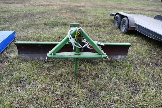 John Deere 95 9' 3pt hydraulic blade, SN 00095x004716