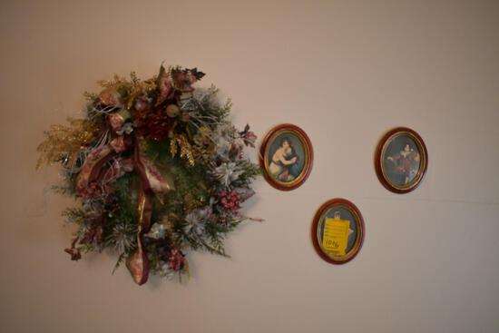 3 Vintage pictures, with hanging wreath