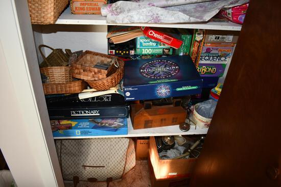 contents of bedroom closet