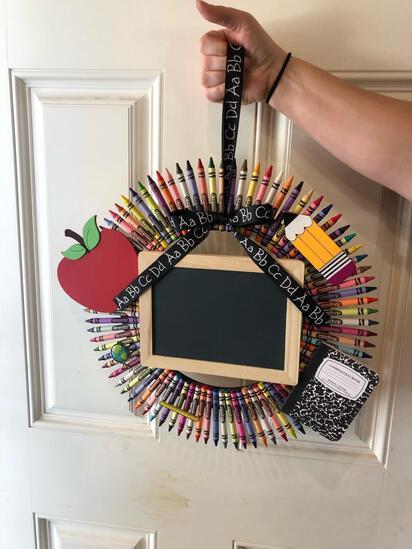 Crayon Teacher Wreath W/ Chalkboard