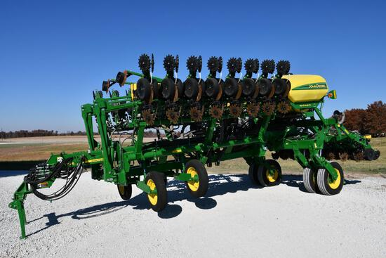 "2020 John Deere 1795 CCS 24 row 20"" planter"