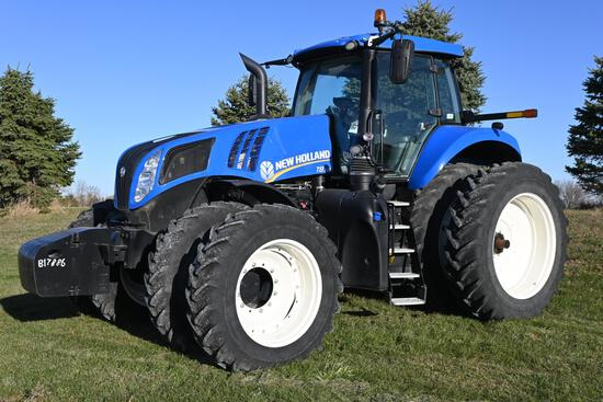 2015 New Holland T8.320 MFWD tractor