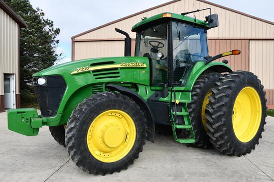 2003 John Deere 7920 MFWD tractor