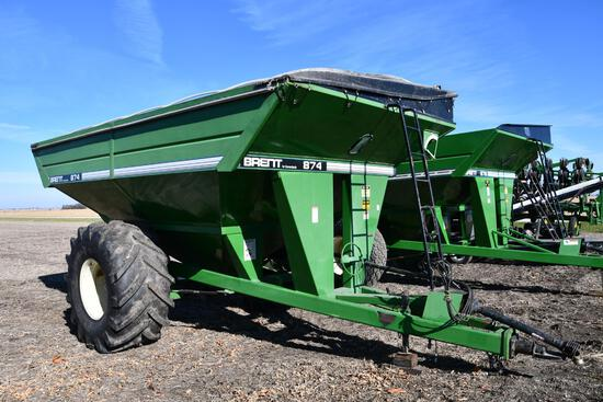 Brent 874 grain cart