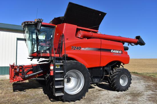 2015 Case-IH 7240 4WD combine