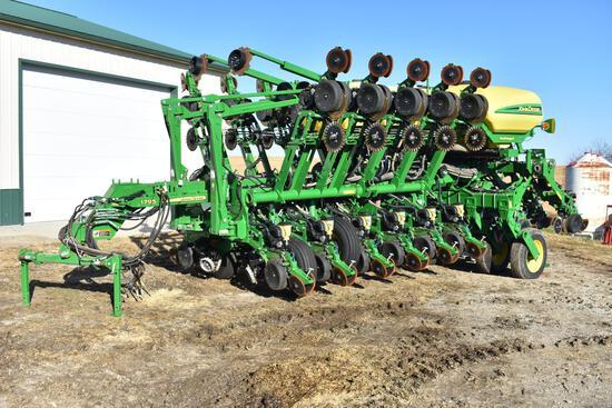 2018 John Deere 1795 16/31 CCS planter