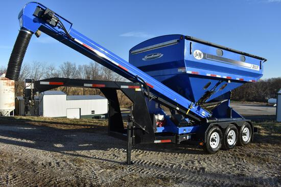 J&M Seed Runner 375ST triple axle seed tender