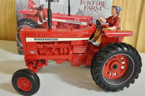 ertl collectibles 1/16 scale international 826 1/16 scale