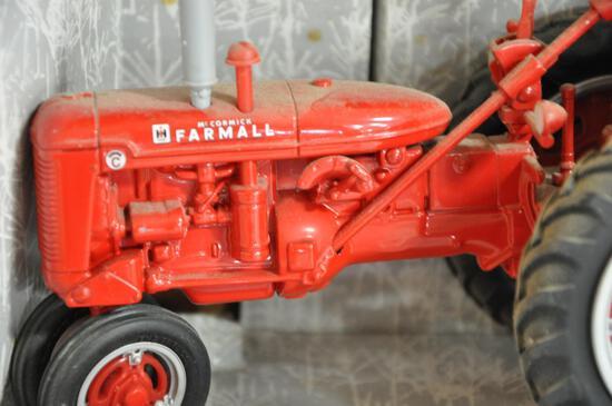 ertl Farmall Super C 1/16 scale