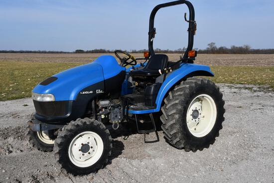 New Holland TC35D MFWD compact utility tractor