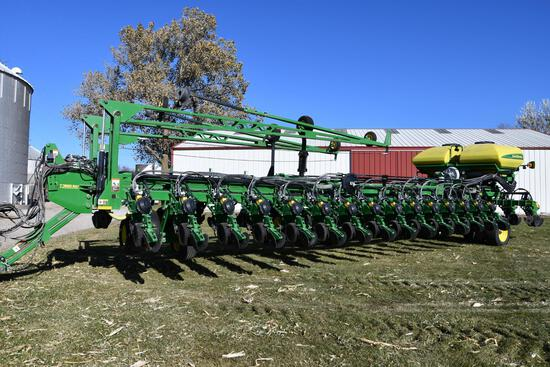 "2011 John Deere DB90 CCS 36 row 30"" ExactEmerge planter"