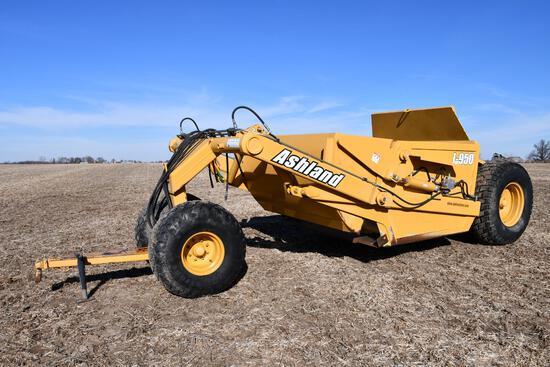 Ashland I-950 9.5 yard pull-type scraper