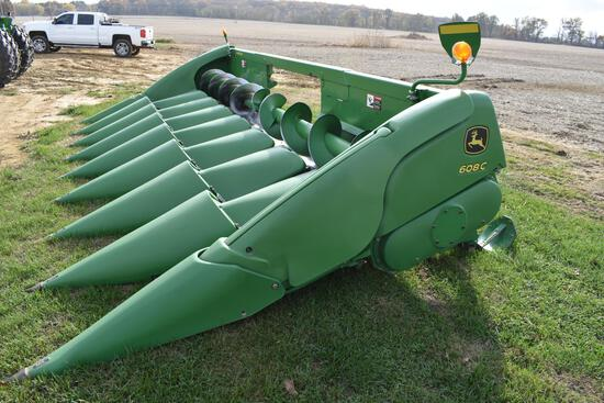 "2009 John Deere 608C 8 row 30"" corn head"