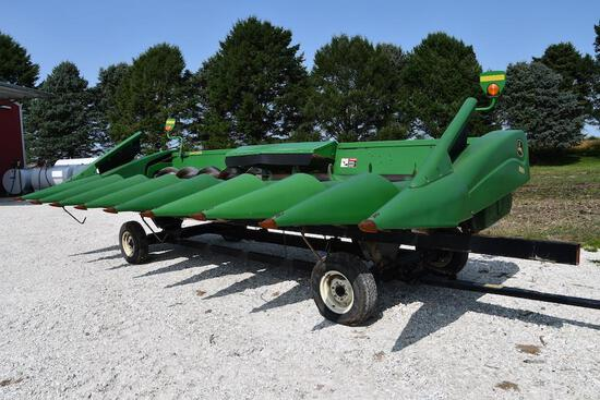 "2007 John Deere 893 8 row 30"" corn head"