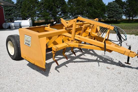 Kuntz 12' pull-type box blade