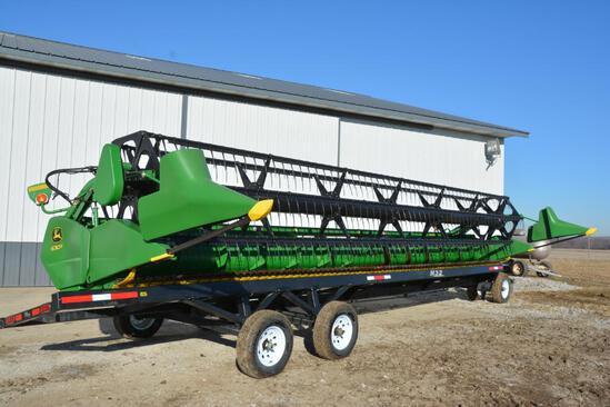 2013 John Deere 630F HydraFlex platform