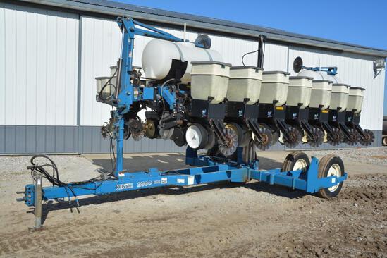 Kinze 2500 8/15 row no-till planter