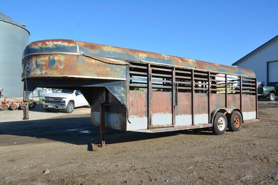 1983 Stock Handler 7' x 20' gooseneck livestock trailer