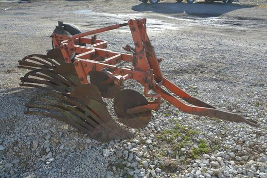 Allis Chalmers 3 bottom snap coupler plow
