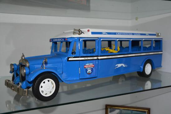 Greyhound toy high quality die cast metal bus