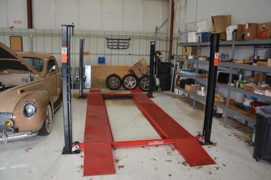 Stinger inc. 6,000 lb. capacity 4 post car lift