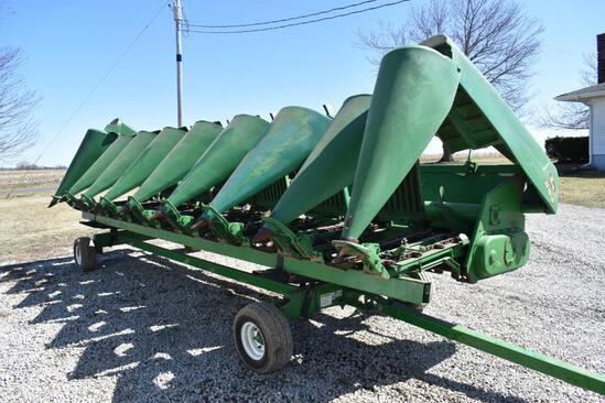 "1997 John Deere 893 8 row 30"" corn head"