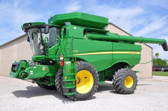 2015 John Deere S670 4wd combine