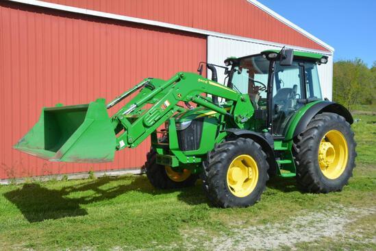 John Deere 5125R MFWD tractor