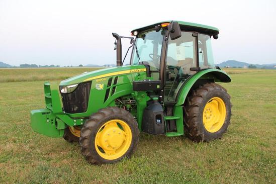 2019 John Deere 5090M MFWD tractor