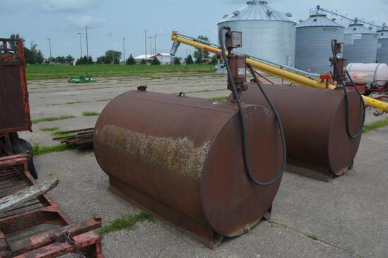 500 gal. fuel tank w/ Bennett electric product pump