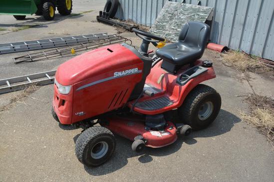 Snapper LT125 lawn mower
