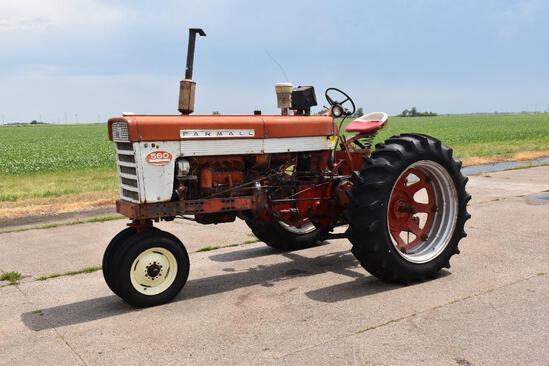 1962 Farmall 560 2wd tractor