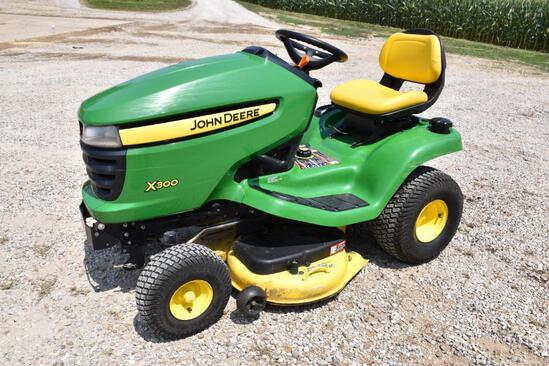 2009 John Deere X300 lawn mower
