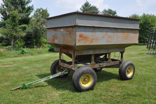 300 bu. gravity wagon on JD gear