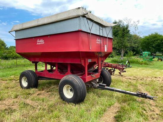 Ficklin 4700 gravity wagon