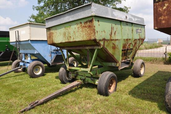 Parker 300 bushel gravity wagon