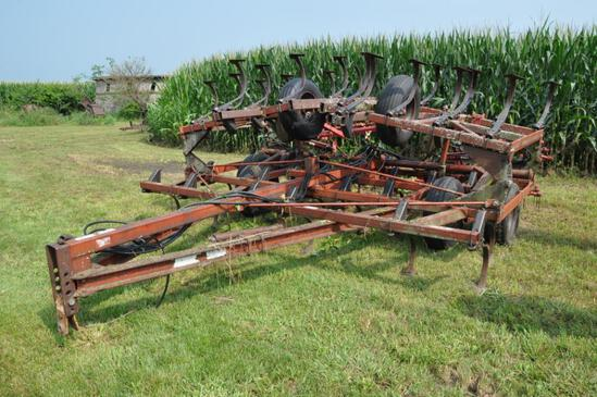 Wil-Rich 24' field cultivator