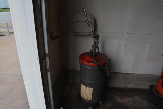 Phillips 66 gear oil pump dispenser