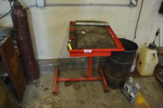 Rolling mechanics tool box and work station