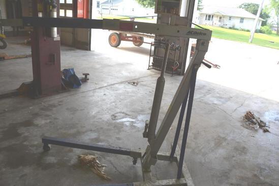 AC Delco 2 ton engine hoist