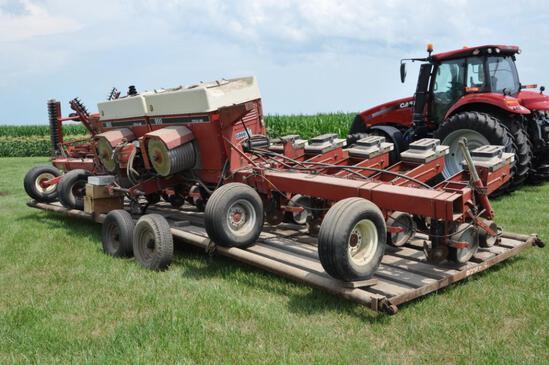 """Case-IH 900 Cyclo 12 row 30"""" 3-pt. planter"""