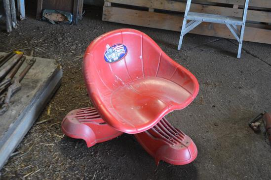 Rolling shop seat