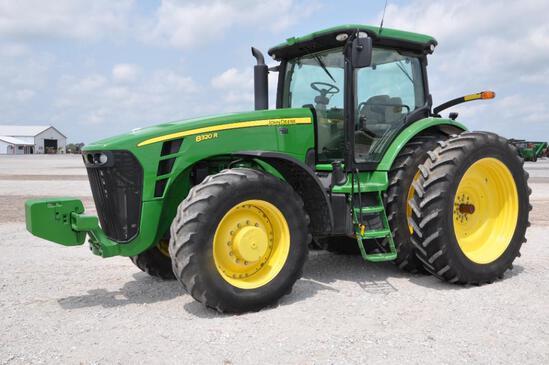 2010 John Deere 8320R MFWD tractor