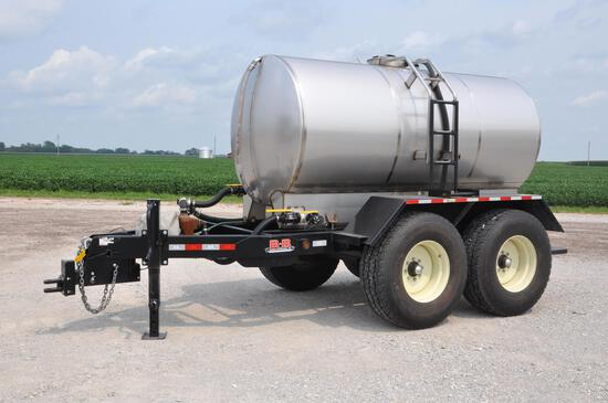 1,600 gal. S.S. tank on 2016 B-B tandem axle trailer