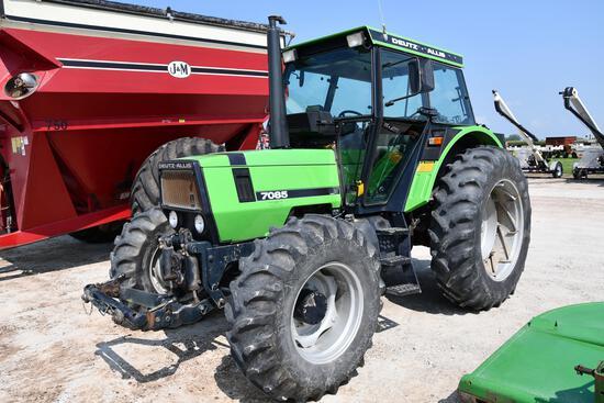 1988 Deutz Allis 7085 MFWD tractor