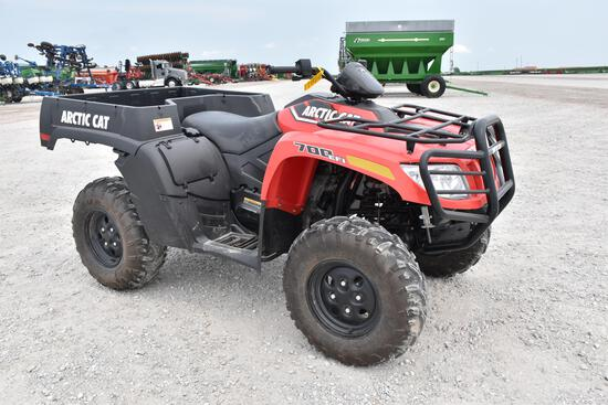 2016 Arctic Cat 700 4wd ATV