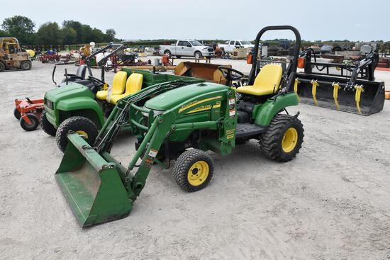 John Deere 2305 MFWD compact utility tractor