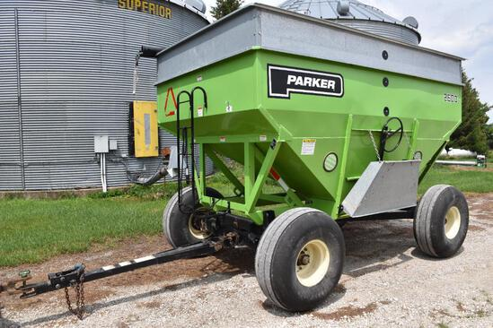 Parker 2600 400 bu. gravity wagon