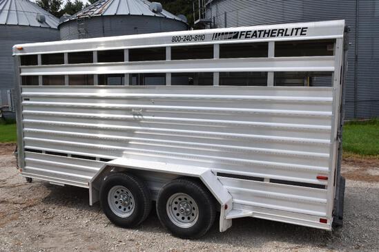 2008 Featherlite 8107-6716 6' x 16' livestock trailer